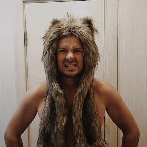 Бурый Волк с кармашками